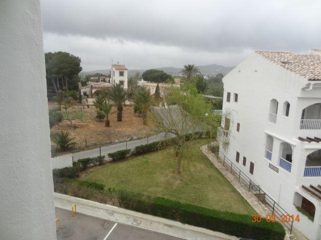 Bonito apartamento de 1 dormitorio para vacaciones a solamente 200 m de la playa en alcocebre - Apartamentos de vacaciones en barcelona ...