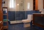 spain-family-bathroom-jpg