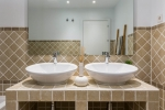 12-BATHROOM-SUNSET-GOLF-DISCOUNT-PROPERTY-CENTER-MARBELLA-1024x683